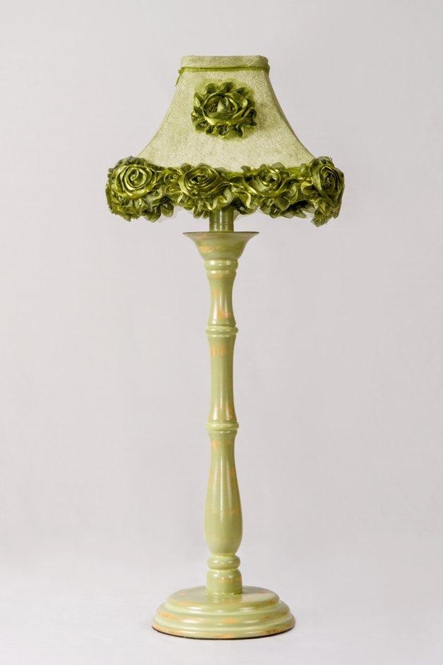 Green Base With Lampshade N Roses
